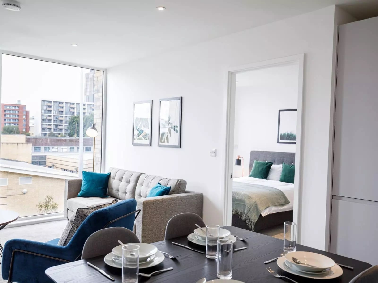 burlington-square-apartment-lounge