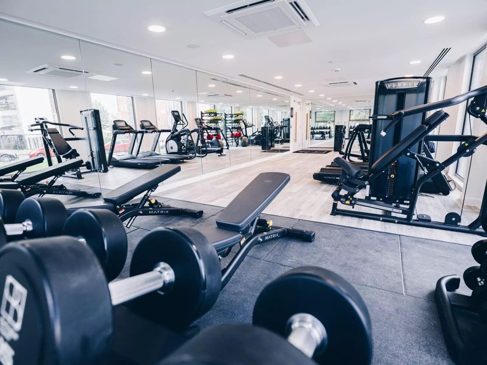 burlington-square-gym-room