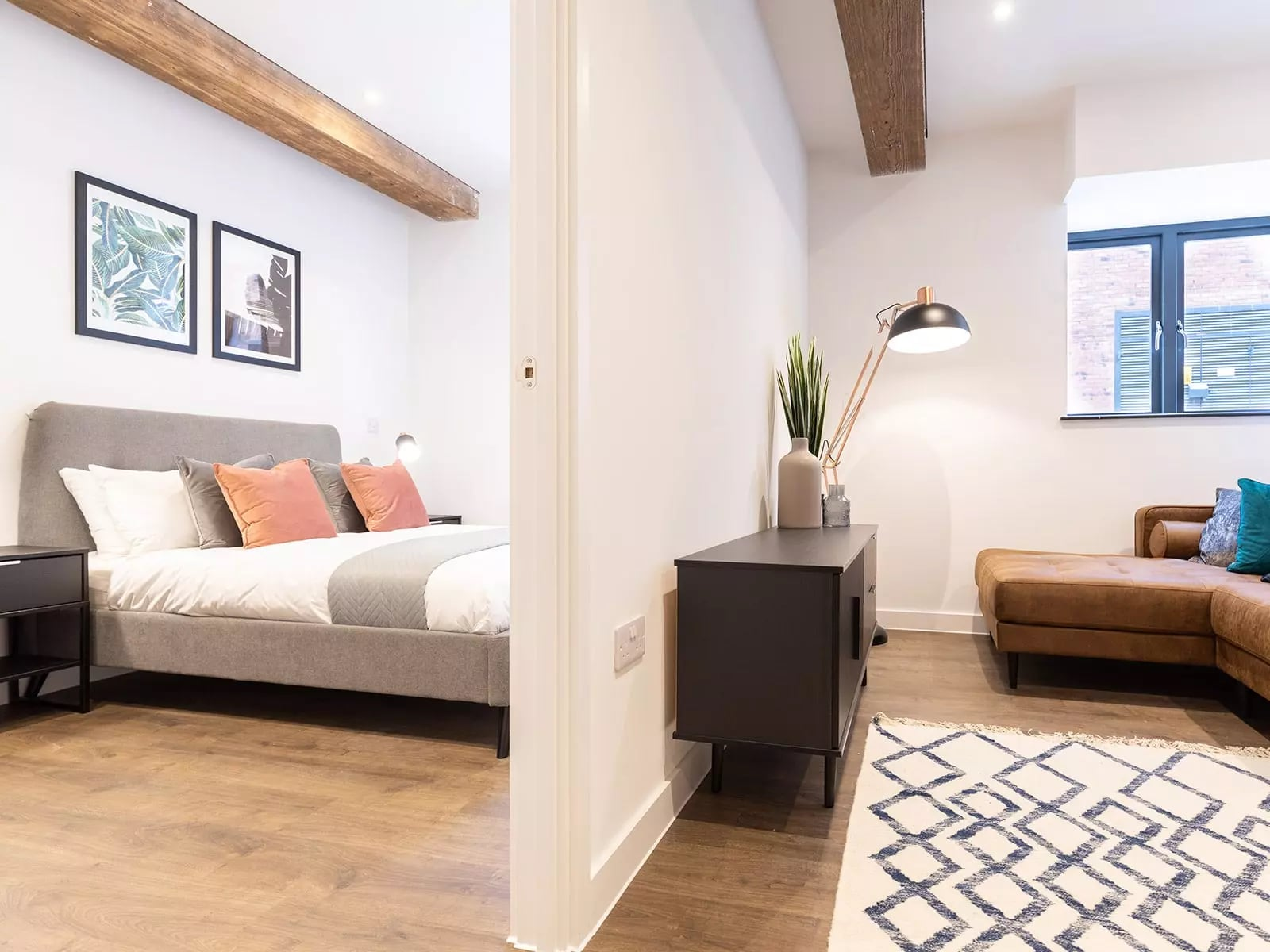 the-press-manchester-apartment-bedroom-lounge